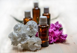 essential-oils-1433692__180