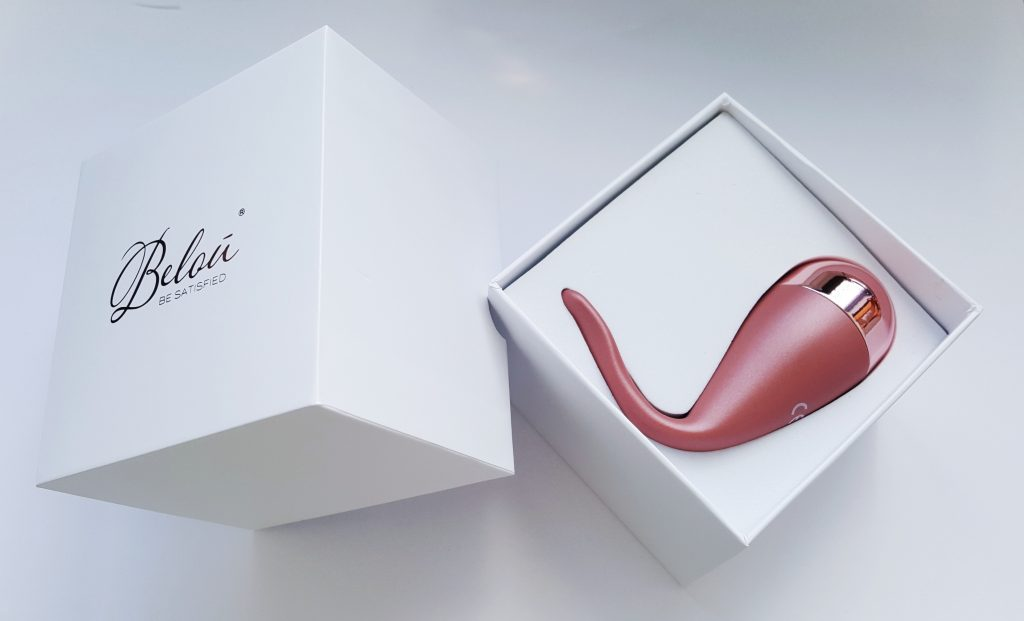Image of the Belou Vibro-Bullet Packaging. A cuboid white box with Belou written on lid.