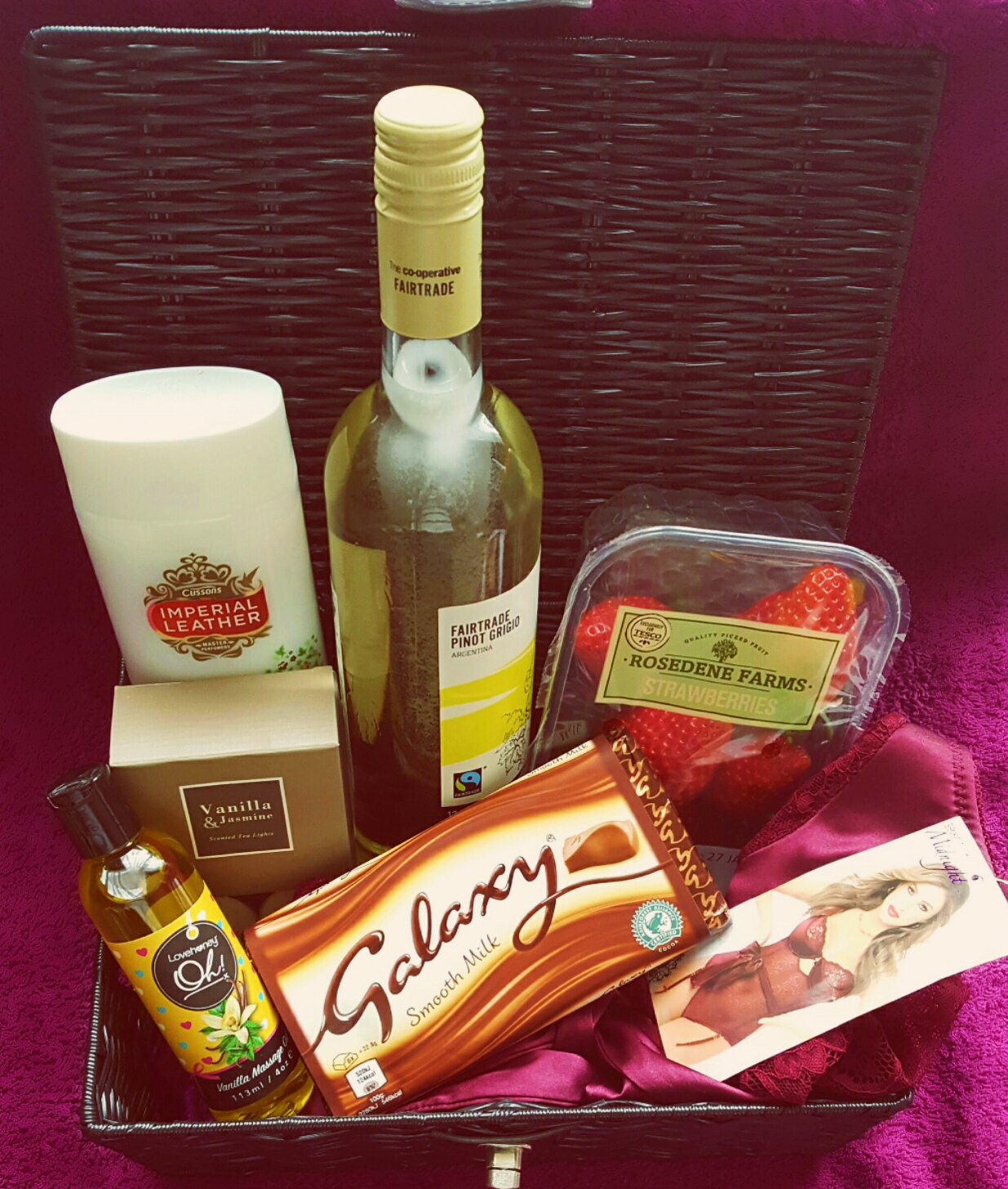 Valentines Day Hamper – What's Going In Mine