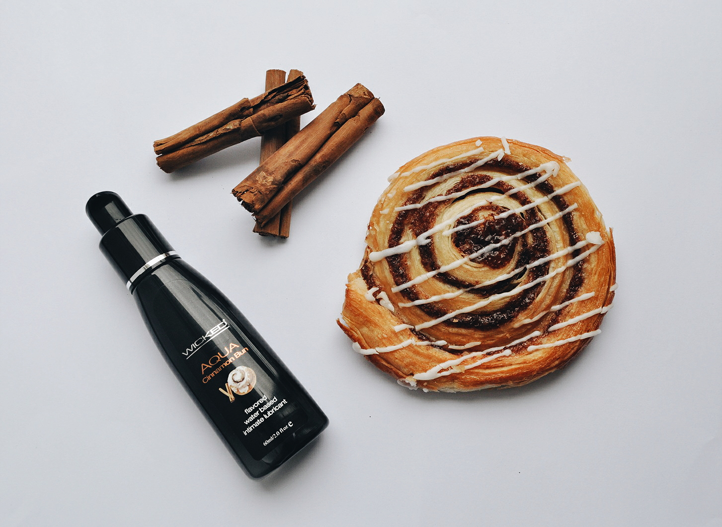 Wicked Aqua Cinnamon Bun Flavored Lubricant Review