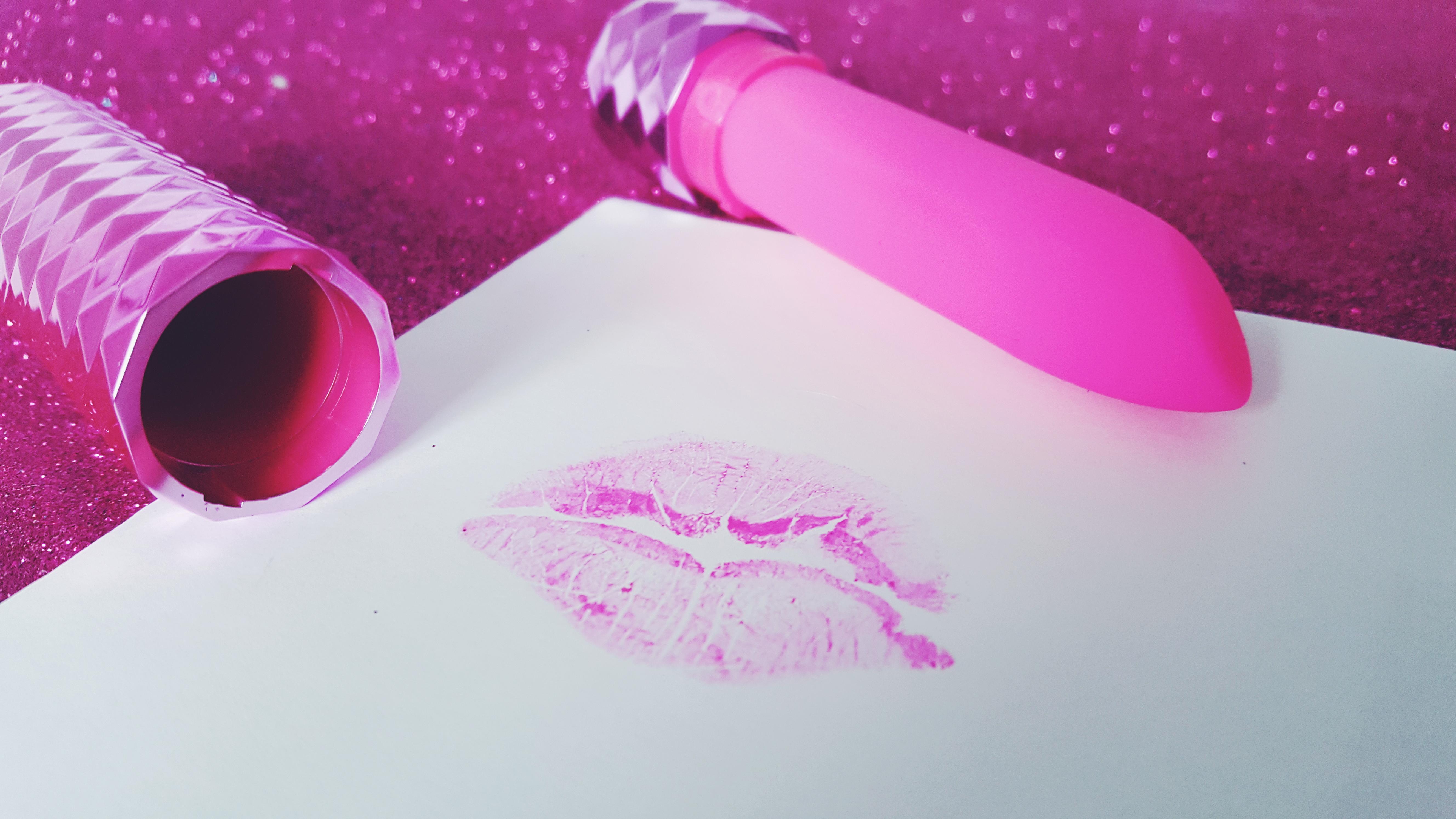 Maia Roxie Crystal Gem Lipstick Vibrator